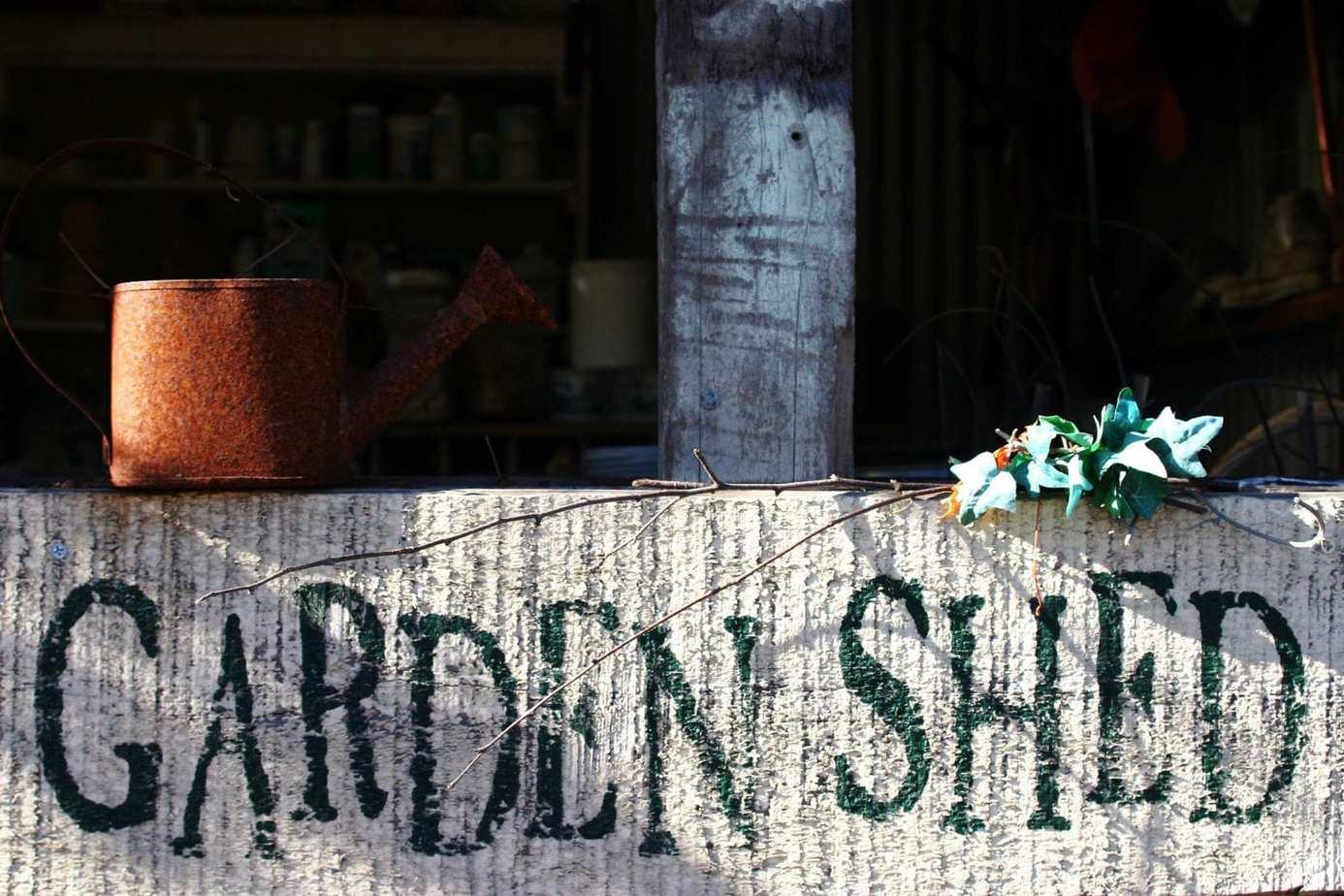 store garden equipment