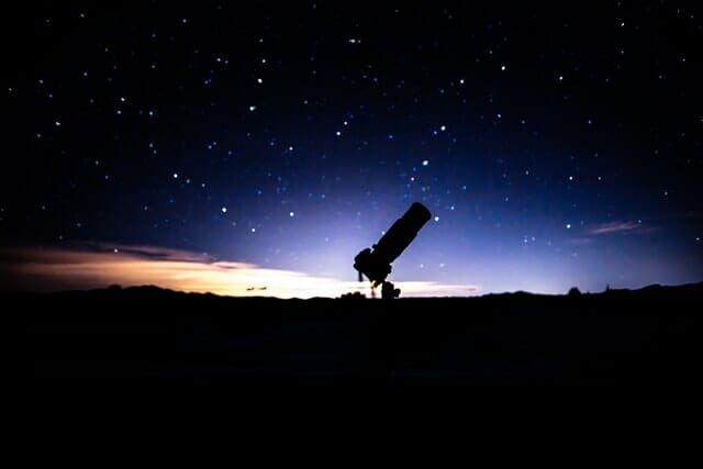 reflecting telescope invented in cambridge